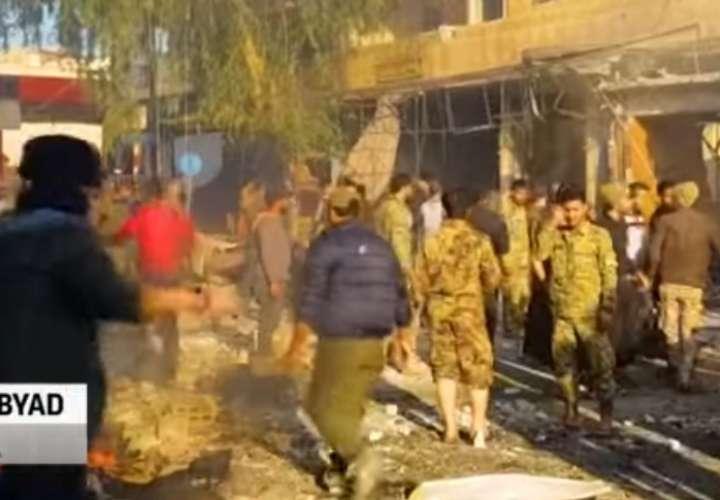 Al menos 13 muertos por un coche bomba en una ciudad del norte de Siria