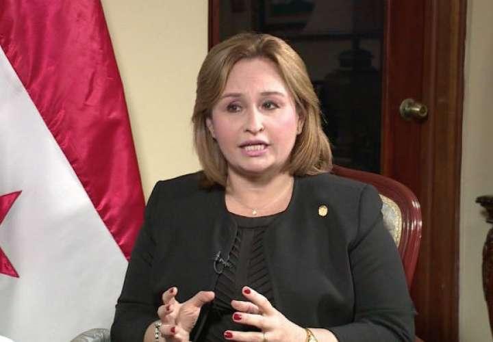 Renuncia Procuradora de Panamá