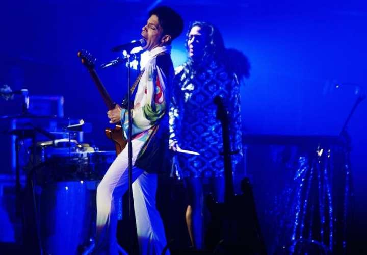 El cantante estadounidense Prince en concierto. EFE
