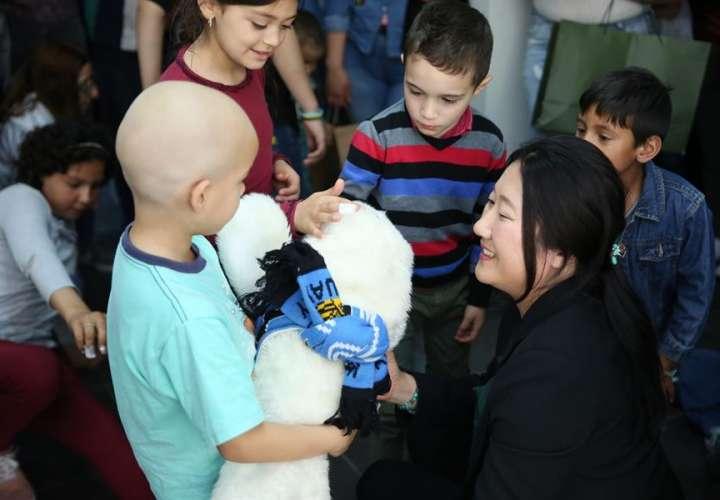 Robot japonés, la nueva mascota de niños enfermos de cáncer en Uruguay