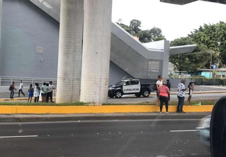 Pobladores de San Miguelito y Panamá Viejo reclaman aumento injustificado de luz