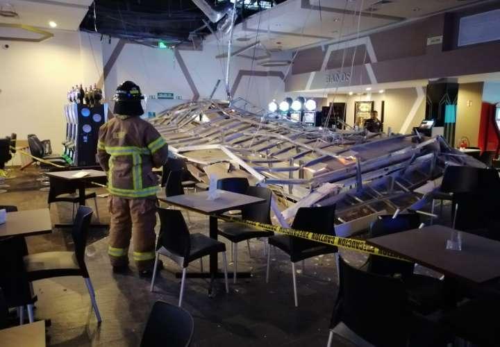 Se deploma cielorraso de casino en Penonomé sin dejar heridos