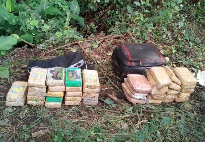 Caen tres panameños con 'narcocargamento' de cocaína en Chiriquí