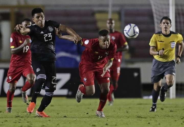 Panamá cae de local 1-0 contra Méxicoen los primeros 45 minutos