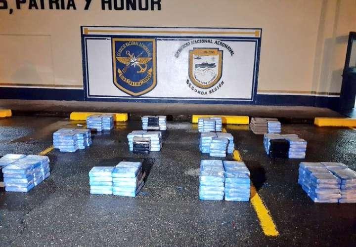 Tres paisas están encarcelados por traficar 333 paquetes de cocaína en Guna Yala