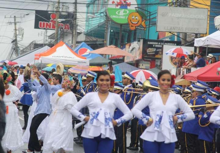 Panameños celebran el 28 de Noviembre [Videos]
