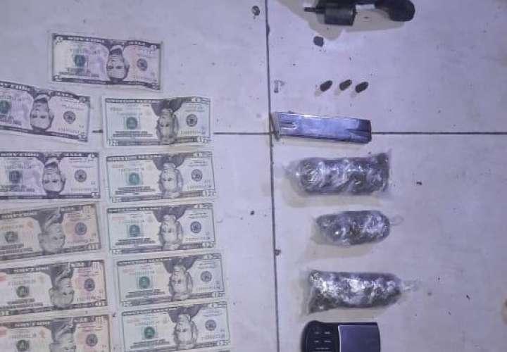 Descubren droga, arma y dinero en viejo caserón en la ciudad de Colón