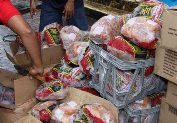 El miércoles arrancan las naviferias con la venta de jamón y otros productos