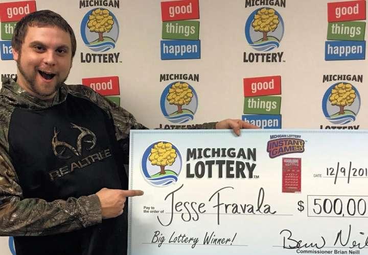 Soñó que ganaba la lotería, compró los boletos y se llevó medio millón