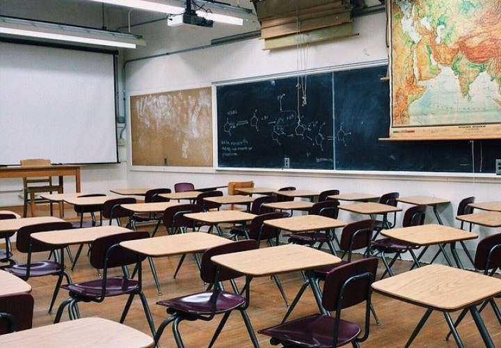 Denuncian presunta venta de cupos para estudiantes, concursos y ternas en Meduca