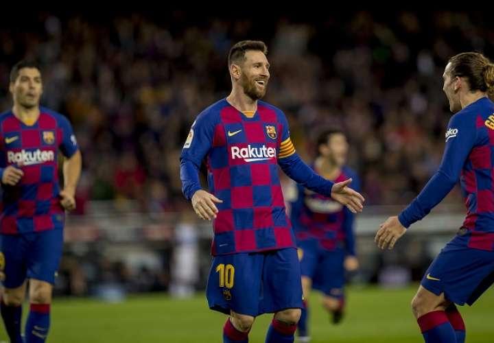 Lionel Messi  celebra uno de sus goles. Foto: AP