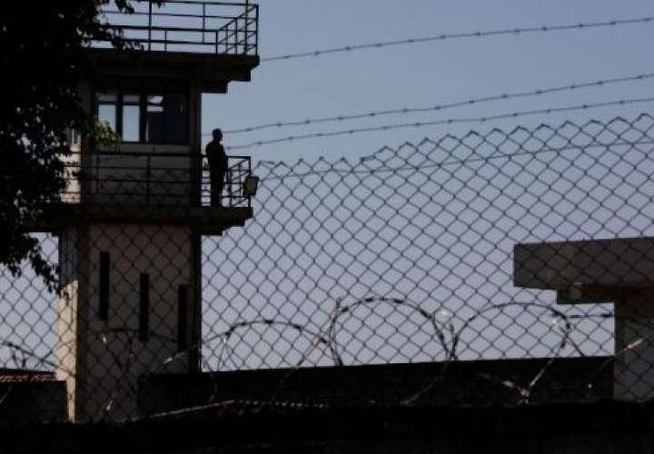 Reos se fugan en masa de una cárcel en el norte de Brasil
