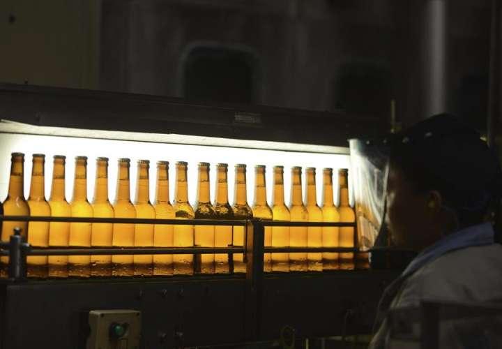 Cerveza Corona baja en ventas y prestigio de marca por el coronavirus
