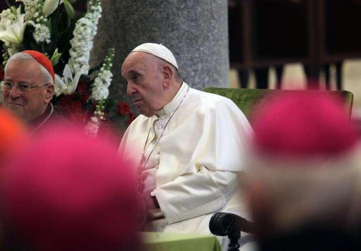 Papa pospone su encuentro con jóvenes economistas del mundo en Asís