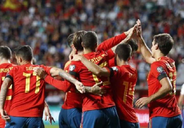 La Fifa recomienda el aplazamiento de todos los partidos internacionales previstos para marzo y abril. Foto: EFE
