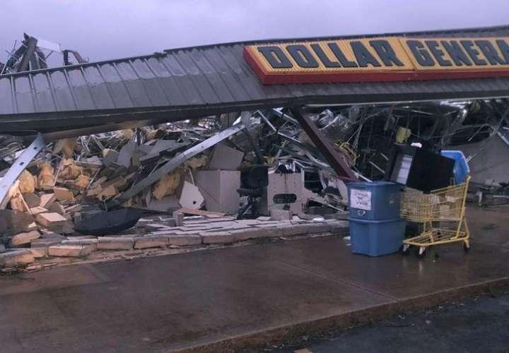Mississippi y Alabama golpeados por tornado y tormenta