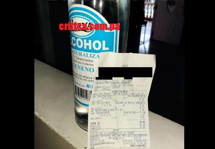 Venden a $7.00 botella de alcohol en farmacia de Panamá Norte en cuarentena