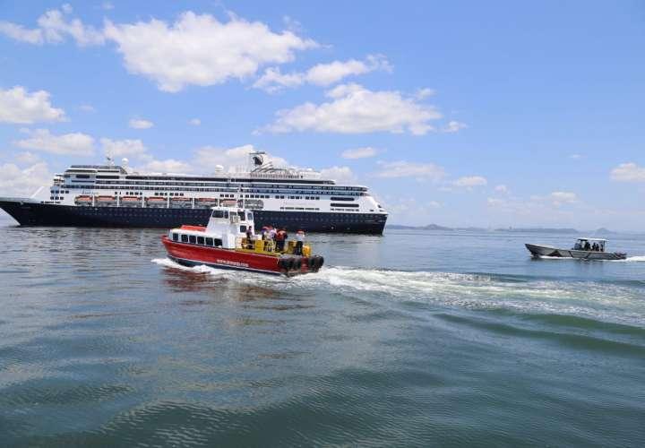 4 muertos de COVID19 en crucero anclado en costas de Panamá