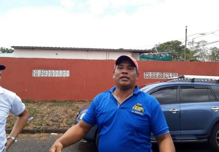 Taxistas no recogen nada [Video]