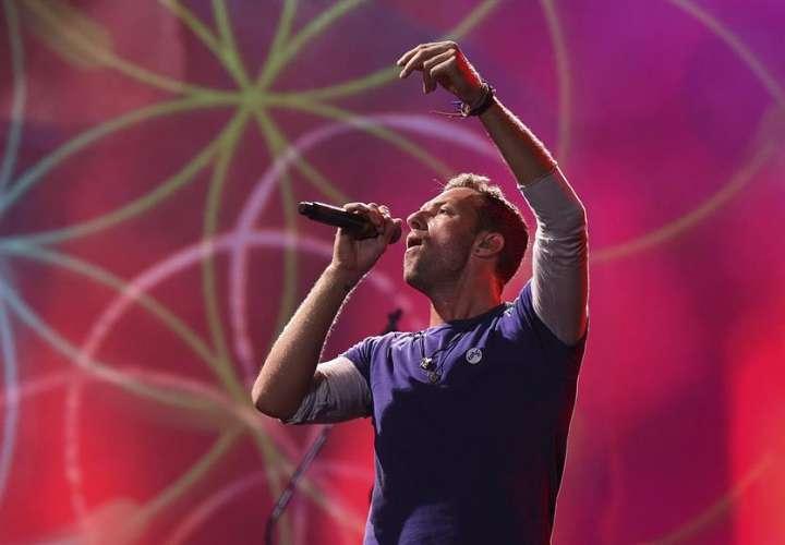 Warner recauda fondos para OMS con conciertos antiguos de Coldplay y Cardi B