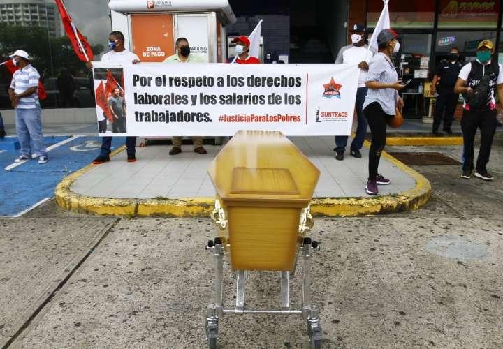 Suntracs sale a protestar y rechazan intenciones de modificar Código de Trabajo