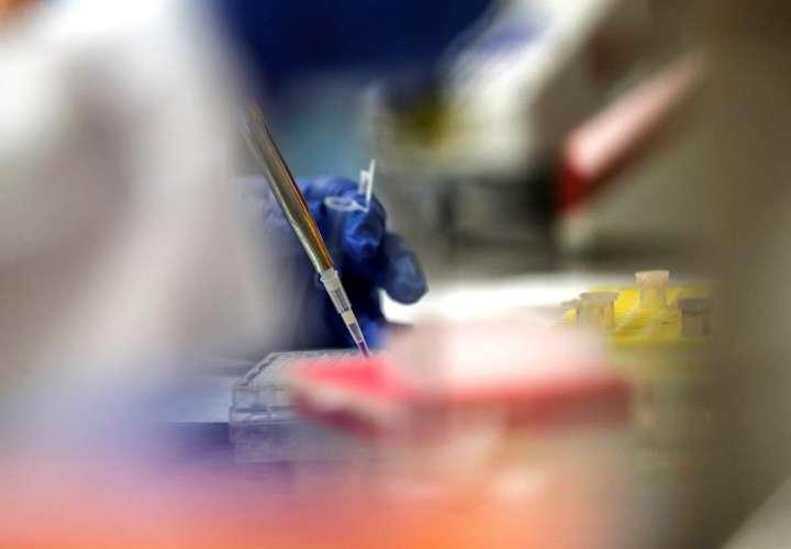 Multinacional empezará a probar una vacuna del COVID-19 en humanos en julio