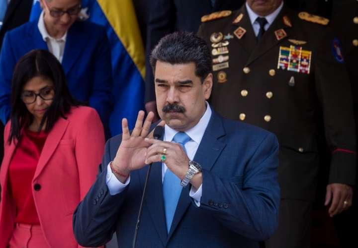 """Maduro: """"Venezuela hará sus elecciones, ¡no nos importa la Unión Europea!"""""""