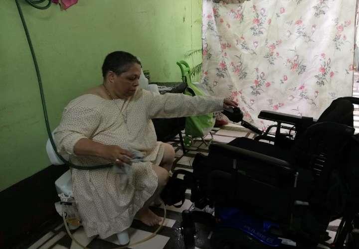 'Terrible trauma': la odisea en pandemia para quienes usan silla de ruedas
