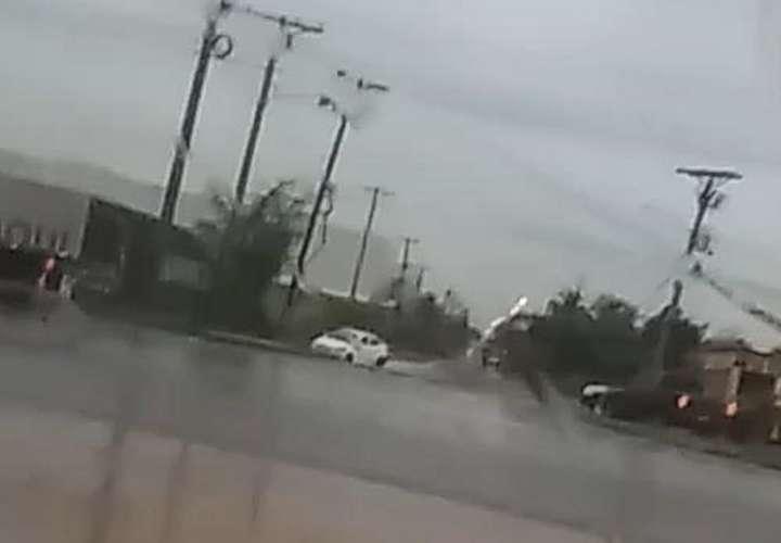 Matan a un hombre bajo la lluvia, muy cerca de su casa en Felipillo