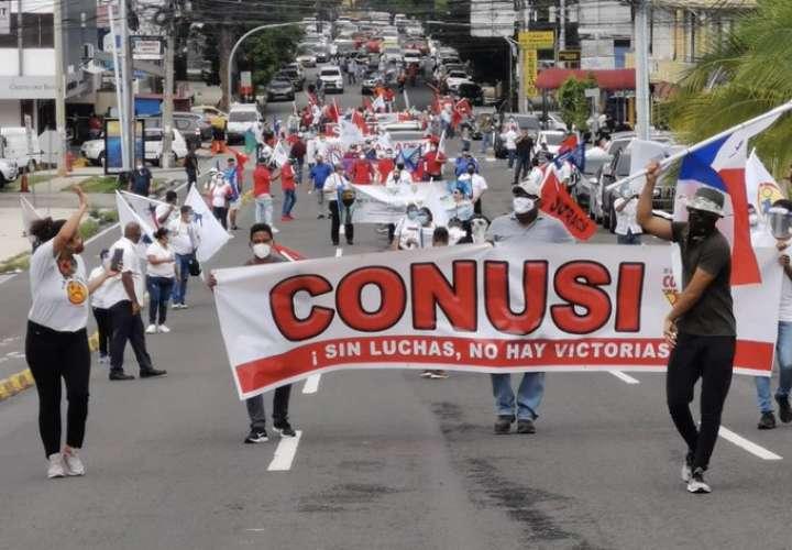 Organizaciones populares, sindicales y universitarios protestan en la Asamblea