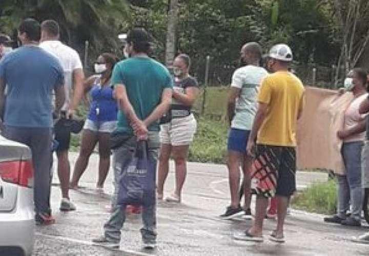 Salieron a la calle para pedir agua  [Video]