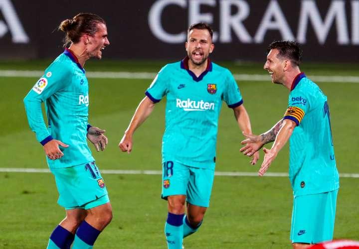 Barcelona no se rinde y se mantiene a cuatro puntos del Real Madrid