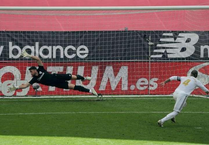 Recrudecen las acusaciones de que el Real Madrid se beneficia de los arbitrajes