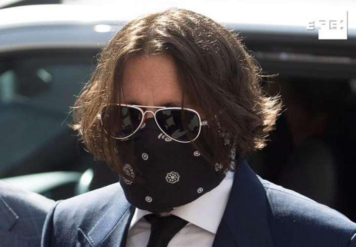 """La defensa de Johnny Depp dice que este """"no es y nunca ha sido un maltratador"""""""