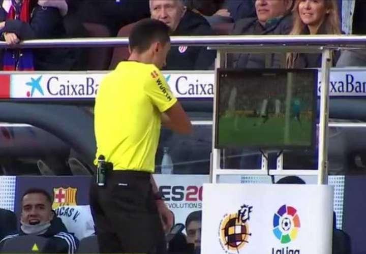 Real Madrid y Barcelona estarían empatados sin influencia del VAR