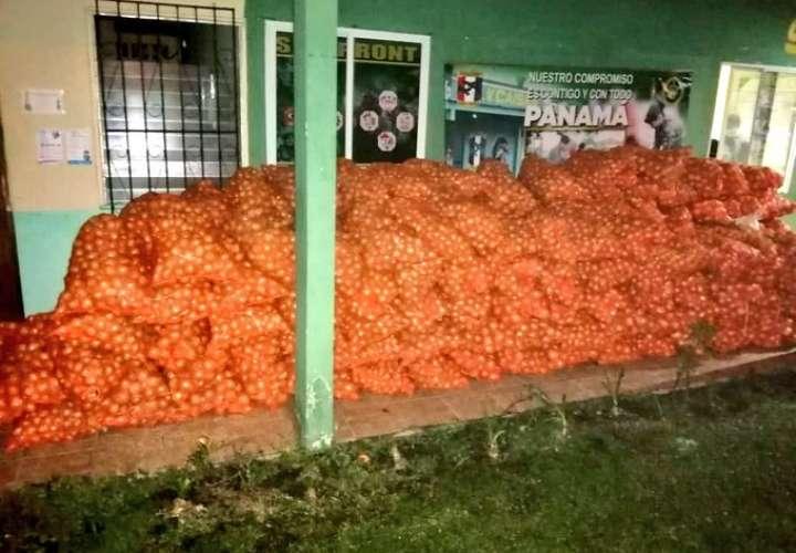 Frenan contrabando de cebollas y tomates en zona fronteriza de Chiriquí