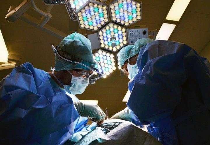 Minsa podría contratar médicos extranjeros