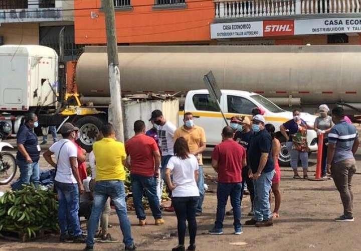 Vendedores de La Chorrera protestan por multas aplicadas por Acodeco