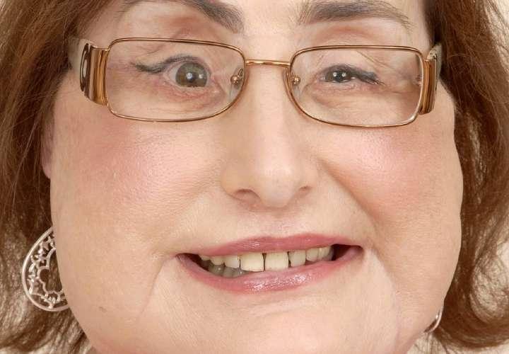 Muere mujer que recibió primer trasplante facial en Estados Unidos