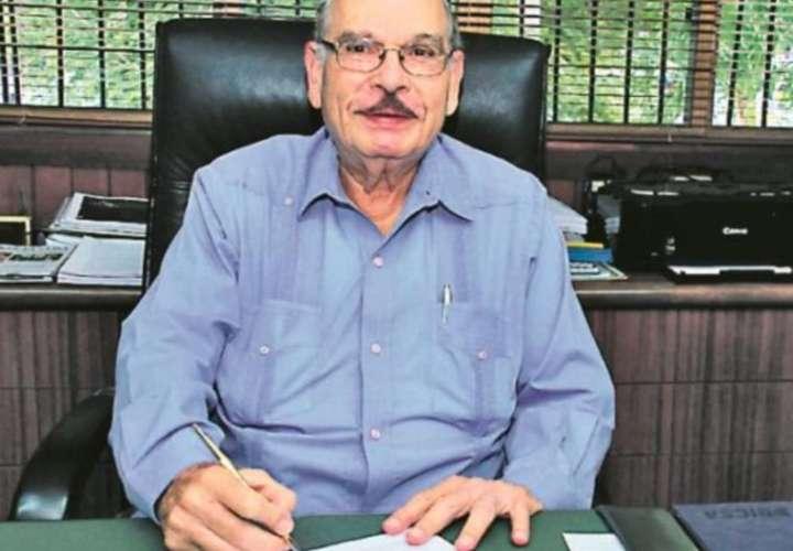 Muere Arturo Melo