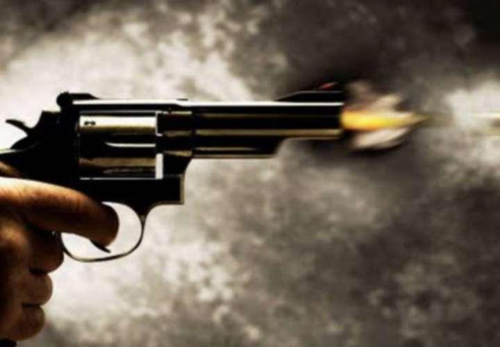 Tres baleados en San Miguelito