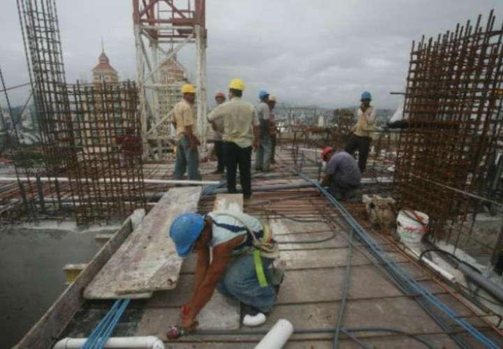 Caida de construcción y del sector inmobiliario afecta 10% del PIB