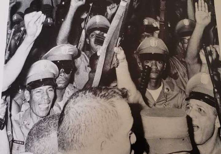 52 años del golpe de octubre