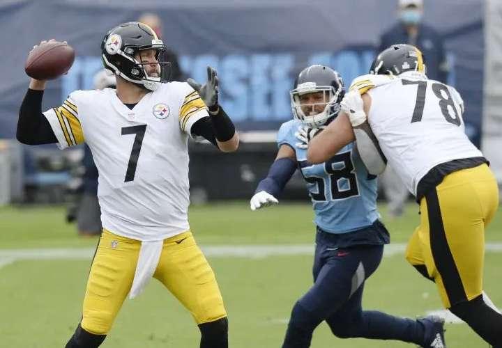Steelers vencen a los Titans en duelo de invictos en la NFL