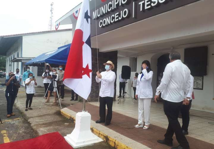 Santiagueños celebran los 117 años del grito de independencia de Colombia