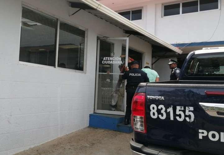 La juez de Garantías, Yadielka Peralta, decretó la detención provisional al imputado.