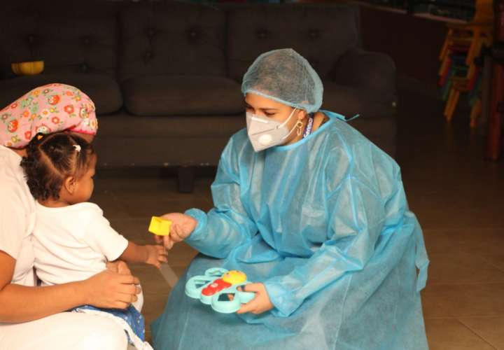 A los niños y niñas se les realizaron pruebas psicológicas y evaluación de salud en general, así como la revisión de cada expediente.