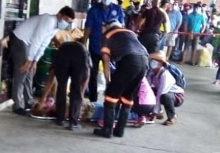 Cinco heridos deja una colisión en la terminal de transporte de David