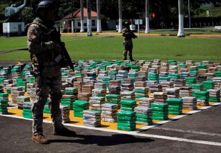 Incautan 1.713 paquetes de droga y detiene a cuatro extranjeros
