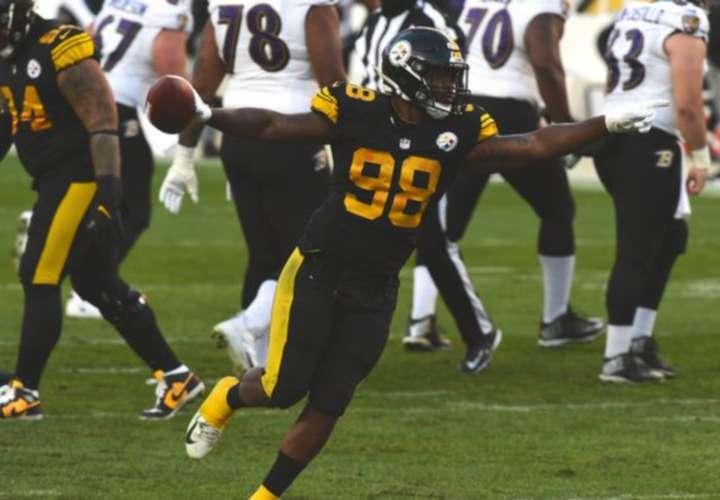 Steelers siguen invictos y aseguran playoffs
